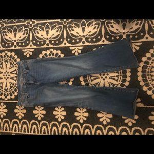 Micro flare jean